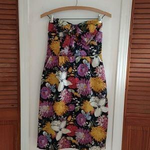 NWT! MOULINETTE SOUERS STRAPLESS DRESS SIZE 4